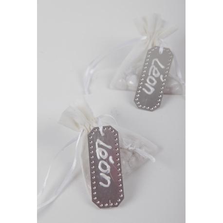 20 Etiquetas colgante metálica con cinta 3x7.5 cms .