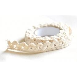Lace tape / puntilla adhesiva. Crochet beige. 15mmx2m Aprox.