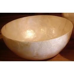 4 Bowls de nácar. 25x13 cms